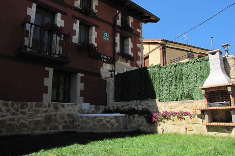 Madera y sal, casa rural en Salinas de Añana - slide 11