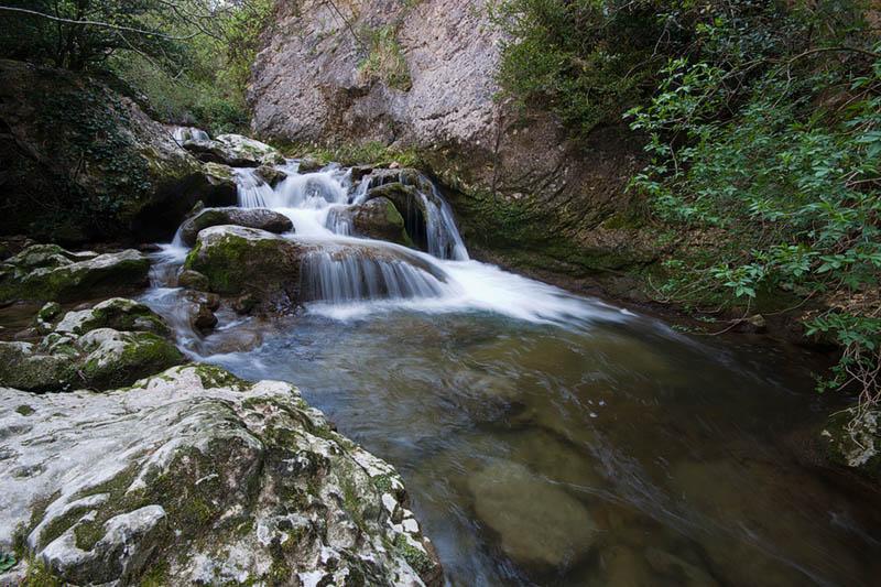 Itinerario por el valle del Río Purón