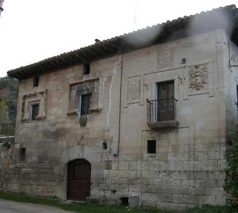 Casa del inquisidor Zaldivar, en la plaza de Valpuesta